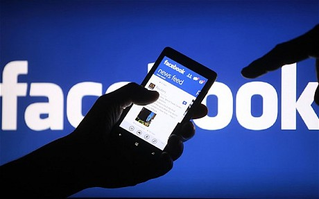 اموزش حذف شماره تلفن خود از پروفایل دوستان در فیس بوک