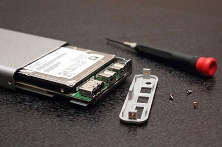 چگونه یک هارد دیسک پرتابل برای خود بسازیم؟